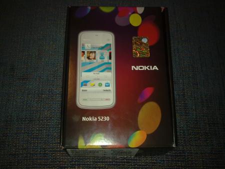 Nokia 5230 - la scatola (fronte)