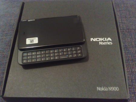 Nokia N900 e la scatola